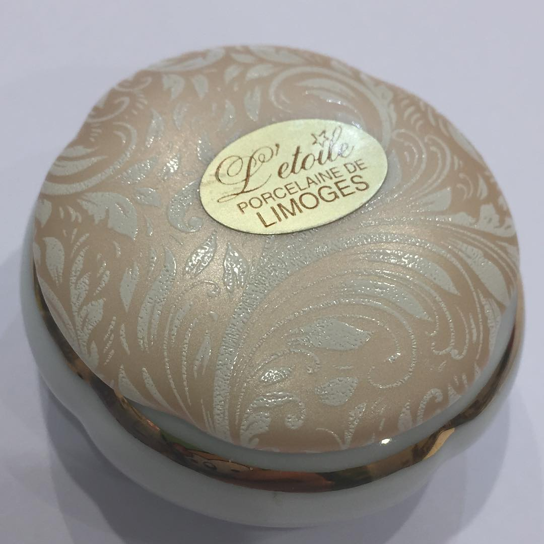 Scatolina porcellana di Limoges in offerta